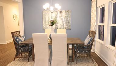 Semi-formal dining room thumb