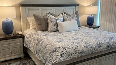 Bed-Blue-Lamps-thumb